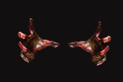 De handen van de bloedzombie op achterachtergrond, zombiethema, Halloween-Th Royalty-vrije Stock Foto