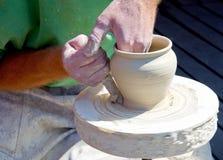 De handen van de pottenbakker Royalty-vrije Stock Fotografie