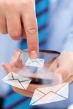 De handen van de zakenman met futuristische smartphone royalty-vrije stock afbeeldingen