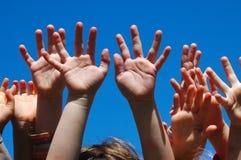 De handen van jonge geitjes Royalty-vrije Stock Foto's