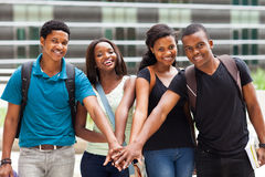 De handen van studenten samen royalty-vrije stock fotografie