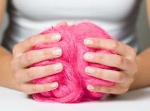 De handen van vrouwen met het Frans Royalty-vrije Stock Foto