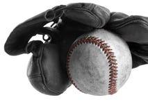 De handschoen en de bal van het honkbal Stock Foto