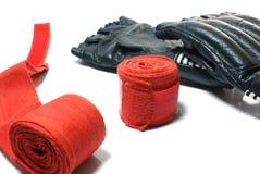 De handschoenen van Kickboxing Stock Foto's