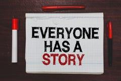De handschrifttekst die iedereen schrijven heeft een Verhaal Concept die Achtergrond betekenen die vertellend uw geheugenverhalen stock foto's