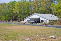 De hangaarhuis van Airpark Royalty-vrije Stock Afbeeldingen
