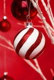 De hangende Ballen van Kerstmis Royalty-vrije Stock Foto's
