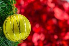 De hangende ballen van Kerstmis Stock Afbeelding
