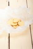 De hart gevormde koekjes van de zandkoekvalentijnskaart Royalty-vrije Stock Afbeelding