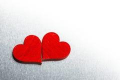 De harten van de valentijnskaartendag op metaal Stock Afbeelding