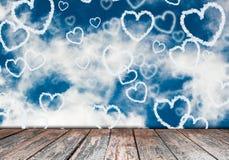 De harten van de wolk in de hemel Stock Foto