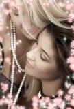 De hartstocht van de parel met bloemen Royalty-vrije Stock Afbeelding