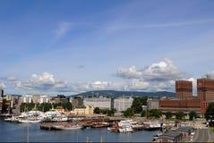 De Haven en Cityhall van Oslo Royalty-vrije Stock Afbeeldingen