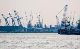 De haven en de industrie van Rotterdam Stock Afbeelding