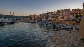 De haven van Calvi bij het blauwe uur royalty-vrije stock afbeelding