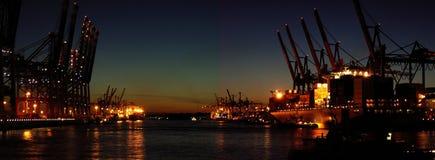De haven van de container bij nacht Stock Afbeelding