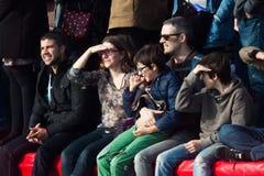 De HAVEN van de KERSTMISdag ZWEMT 2015, BARCELONA, Haven Vell - 25 December: publiek voor ras wordt gelet op dat Stock Afbeelding