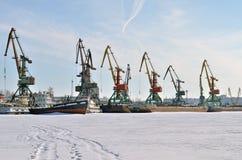 De haven van de overwinteringsrivier Stock Foto's