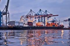 De haven van Hamburg Stock Afbeeldingen