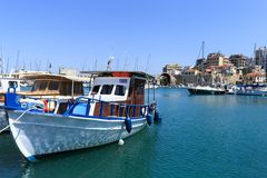 De haven van Heraklion en Venetiaanse haven in Eiland Kreta, Griekenland stock afbeelding