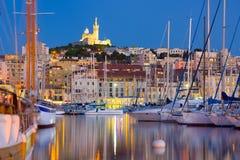 De haven van Marseille bij een de zomernacht Royalty-vrije Stock Afbeelding