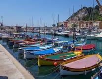 De haven van Nice stock afbeeldingen