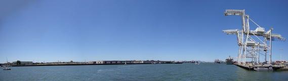 De Haven van Oakland die van het Vierkant van Londen van de Hefboom wordt gezien Royalty-vrije Stock Afbeelding