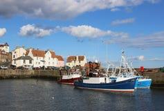 De haven van vissersbotenpittenweem, Fife, Schotland Stock Afbeeldingen