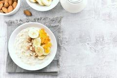 De haverhavermoutpap van het dieetontbijt Royalty-vrije Stock Fotografie