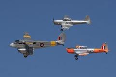 De Havilland Dragon Rapide med ett par av jordekorrar Royaltyfri Fotografi