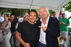 De heer Richard Branson spreekt tegen haai het zuiveren Royalty-vrije Stock Fotografie