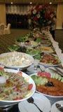 De heerlijke Arabische regeling van het saladebuffet stock foto