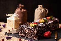 De heerlijke cake van de Kerstmischocolade Royalty-vrije Stock Foto