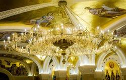 De heilige fresko's in St slaan tempelscrypt in Belgrado op stock foto's