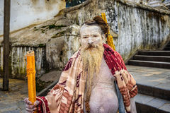 De heilige mens van Shaivasadhu in Pashupatinath-Tempel in Nepal Stock Afbeelding