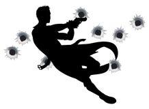 De held van de actie in het silhouet van de kanonstrijd Stock Foto