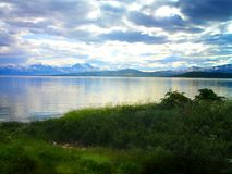 De heldere en verbazende aard van Spitsbergen noorwegen stock fotografie