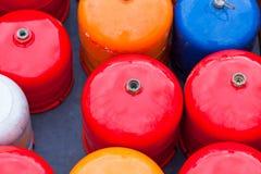 De heldere flessen van het metaalgas Stock Foto's