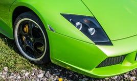 De heldergroene super auto van Lamborghini royalty-vrije stock afbeelding