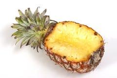 De helft van ananas stock afbeeldingen