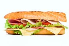 De helft van lange baguettesandwich Royalty-vrije Stock Fotografie