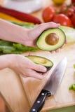 De Helften van Avacado Stock Foto's