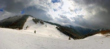 De helling van de ski in toevlucht Vratna royalty-vrije stock foto's