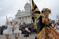 € de Helsinki, Finlande «le 6 juin 2015 : Voiture traditionnelle de samba d'été Images stock