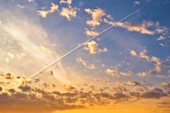 De hemel bij zonsopgang Stock Afbeeldingen