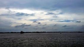 De hemel kijkt mooi alvorens te regenen Royalty-vrije Stock Foto's