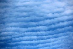 De Hemel van de Makreel van de Wolken van Cirrostratus Royalty-vrije Stock Foto's