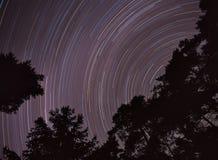 De hemel van de nacht, sterren het bewegen zich. Stock Afbeelding