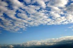 De hemel van de zomer stock foto's