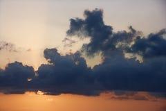 De hemel van de zonsondergang. Stock Foto's